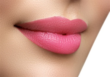 5 NATURAL WAYS TO USE BEETROOT FOR PINK LIPS
